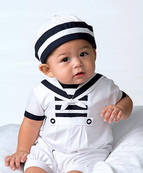 Cute childrens sailor outfits, infant boys sailor rompers and sailor bubble outfits and suits. The adorable classic boys dressy nautical outfits are a favorite for baby boys portraits, special occasions or Baptism and Christening.