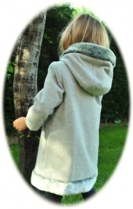 Girl's coat with fur-trimmed hood back view