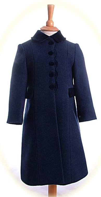 756aa4db Girl's classic winter coats with velvet collar and buttons. Made in ...