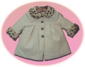 Baby girl's coat and bonnet