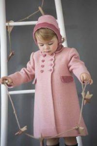 Girl's classic coat and bonnet